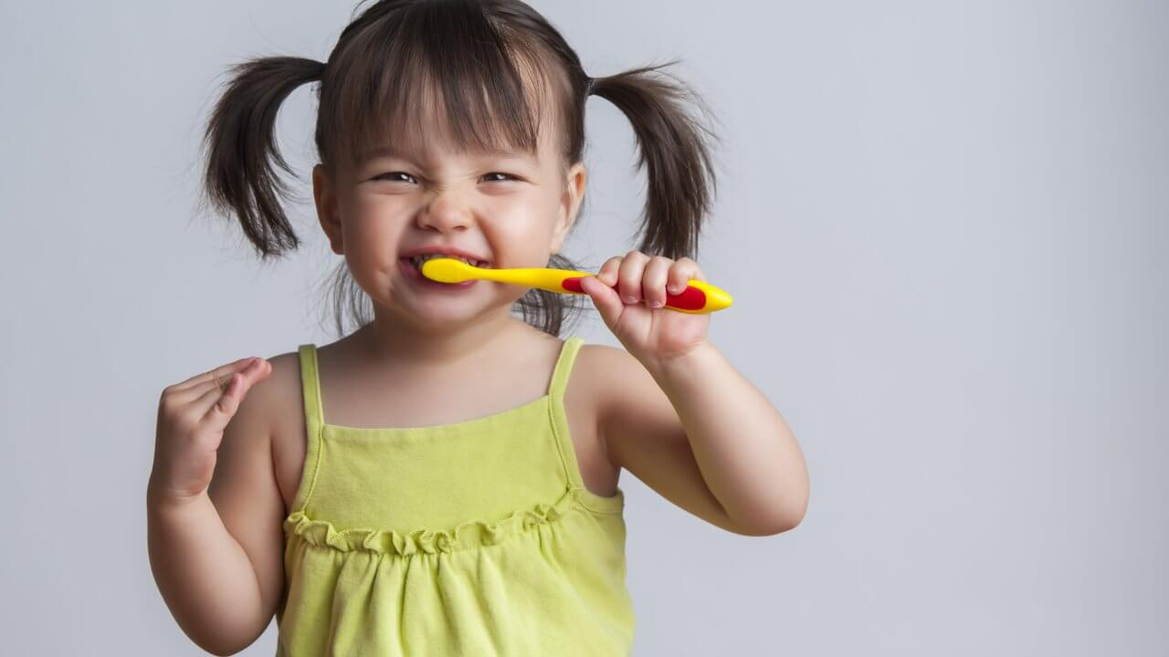 Kids teeth cleaning tips in Preston, Victoria. Melbourne - Chic Dental